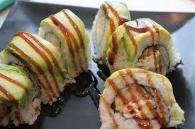 Amigo (avocado on crunch roll)