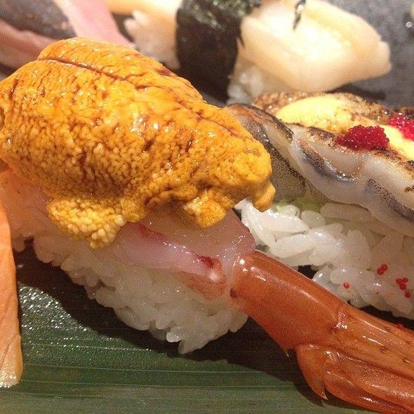 Sweet Shrimp with Uni (tobiko caviar)
