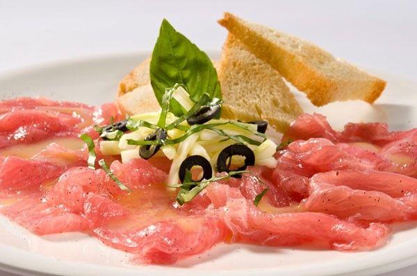 Tuna (tuna, ponzu, truffle oil)